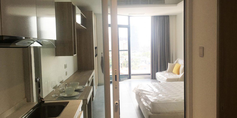 Brand New Luxury One Bedroom Condominium for Rent in Tonle Bassac (10)