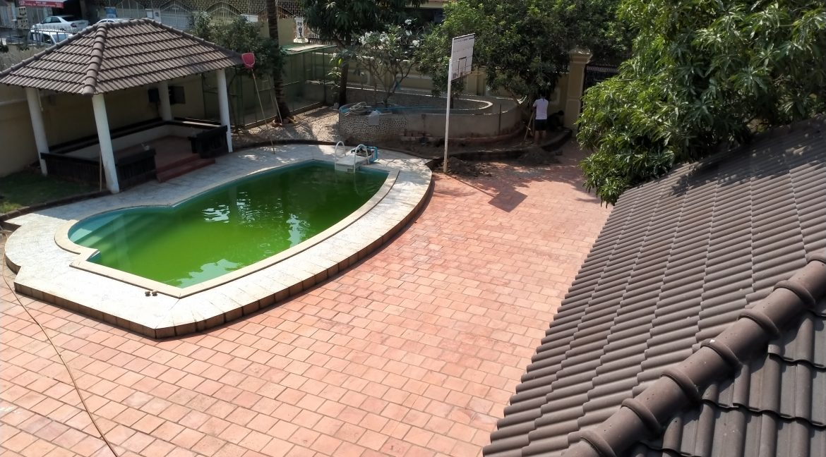 Five Bedrooms Villa in the Residential Area for rent in Toul Kork (15)