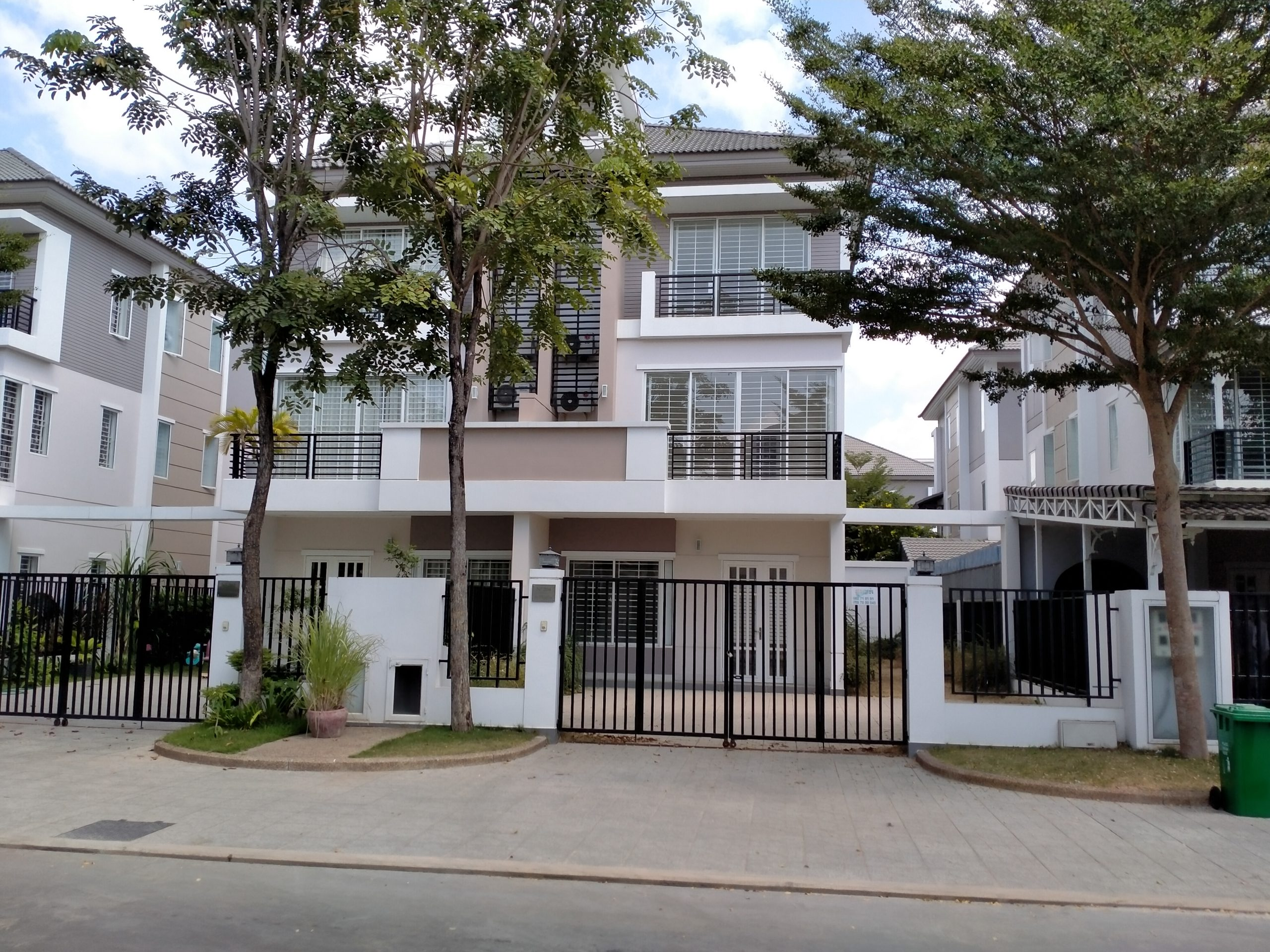 Twin Villa for Sale in Borey Peng Huoth Boeung Snor