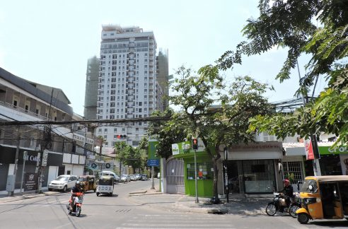 Brand New Whole Building for Rent in BKK1, Good Location for Business (1)