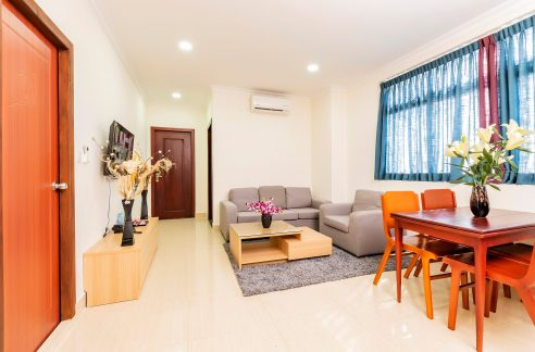 Comfortable 2 Bedroom Apartment for Rent in Toul Tom Pong I Area (1)