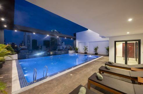 Very Nice Two Bedroom Apartment for Rent in BKK2 Area (1)