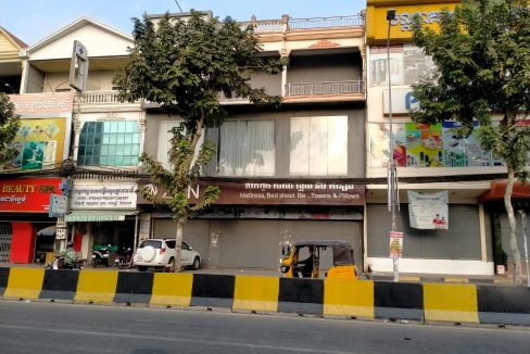 Commercial Building for Rent Near Heng Ly Market (1)