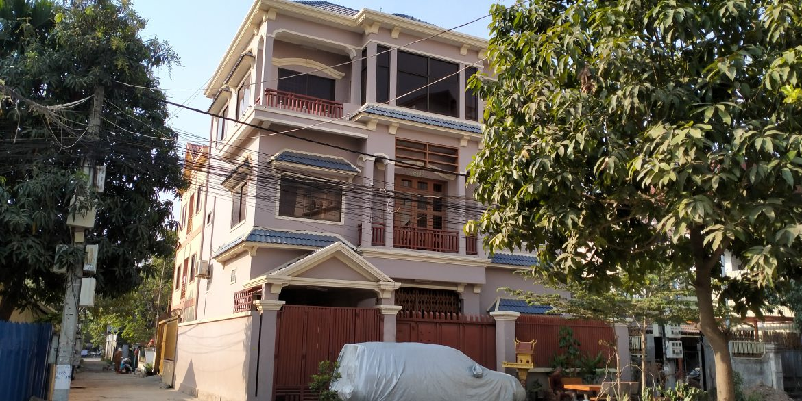 Conner House for Sale in Toul Kork Area (2)