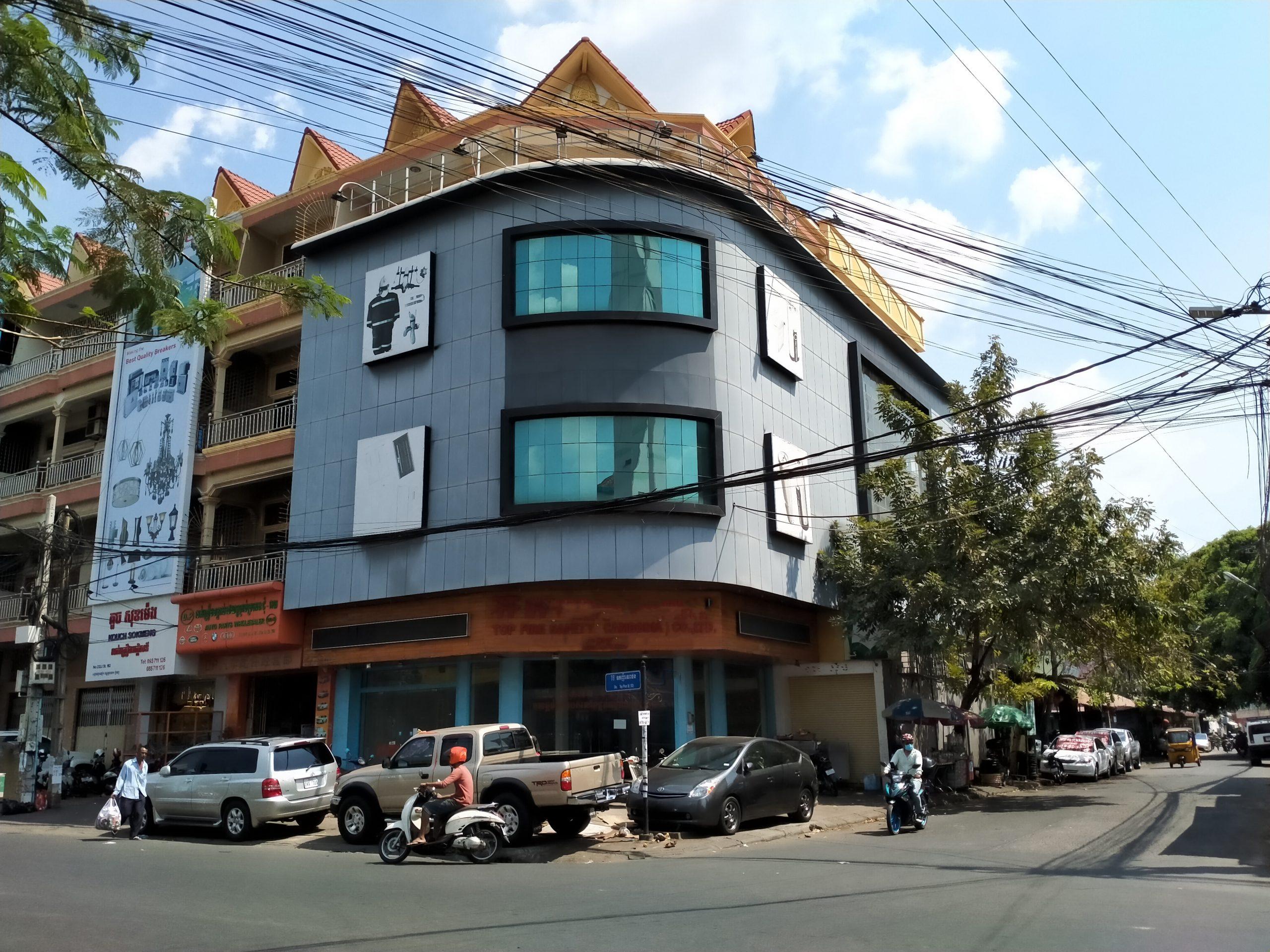Corner Building for Rent in Toul Kork Near Mondial Center