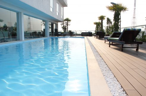Swimming Pool and Gym Two Bedrooms Apartment for Rent in BKK1 (1)