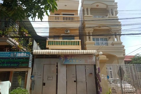 Eo, E1 House for Rent near Central Market Krong Siem Reap