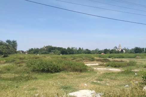 Industrial Land along National Raod 1 for Sale (1)