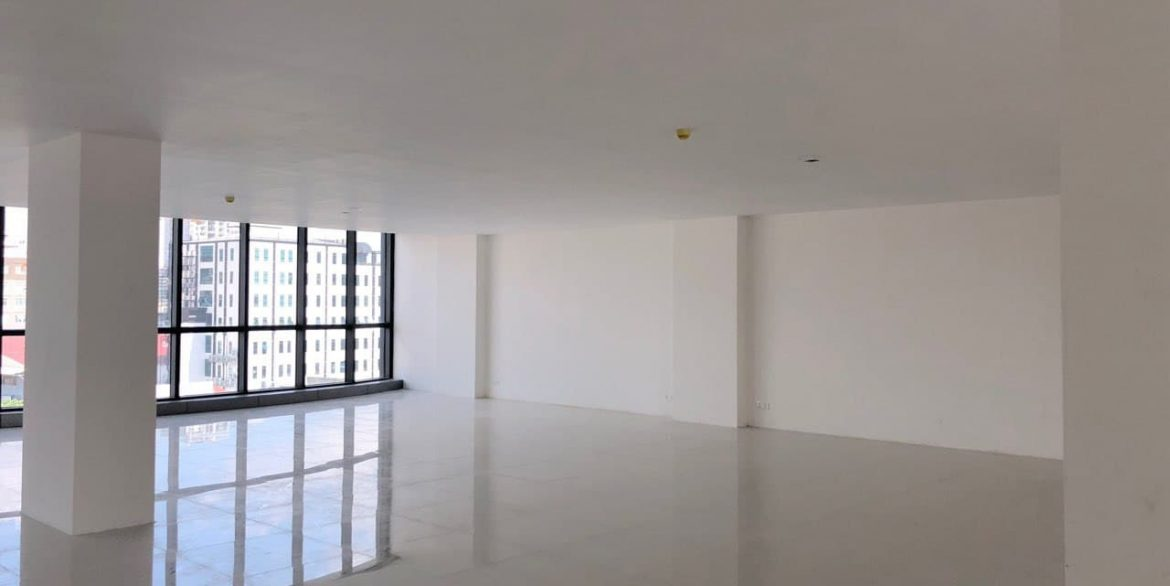 Office Space for Rent in Chamkarmon (1)
