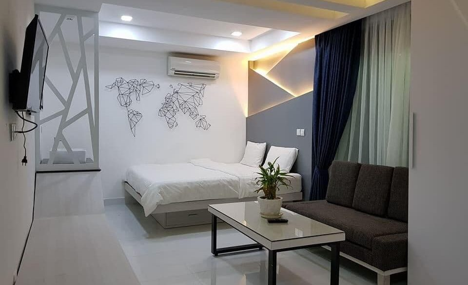 Studio Apartment for Rent in Toul Tom Pung is available now (1)