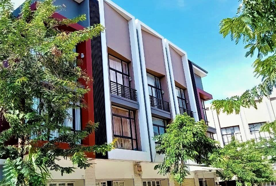 Shophouse for Sale at PH (2)